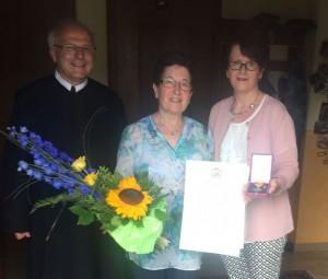 Gratulation Leopoldine Schießer 2